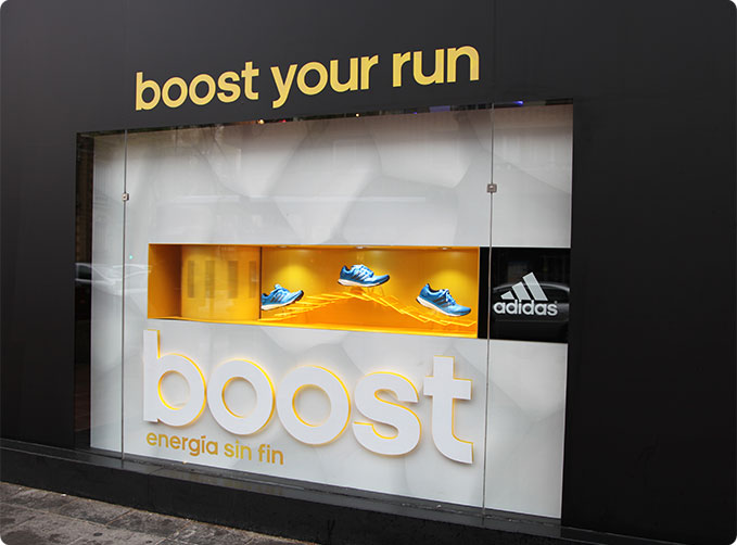 Adidas_Boost_Estudios_Durero_Dibond_ACM_Window_Display